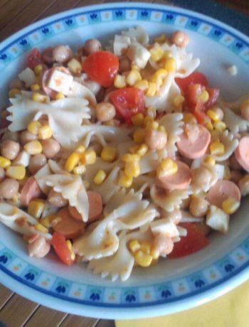 insalata di pasta con pomodorini