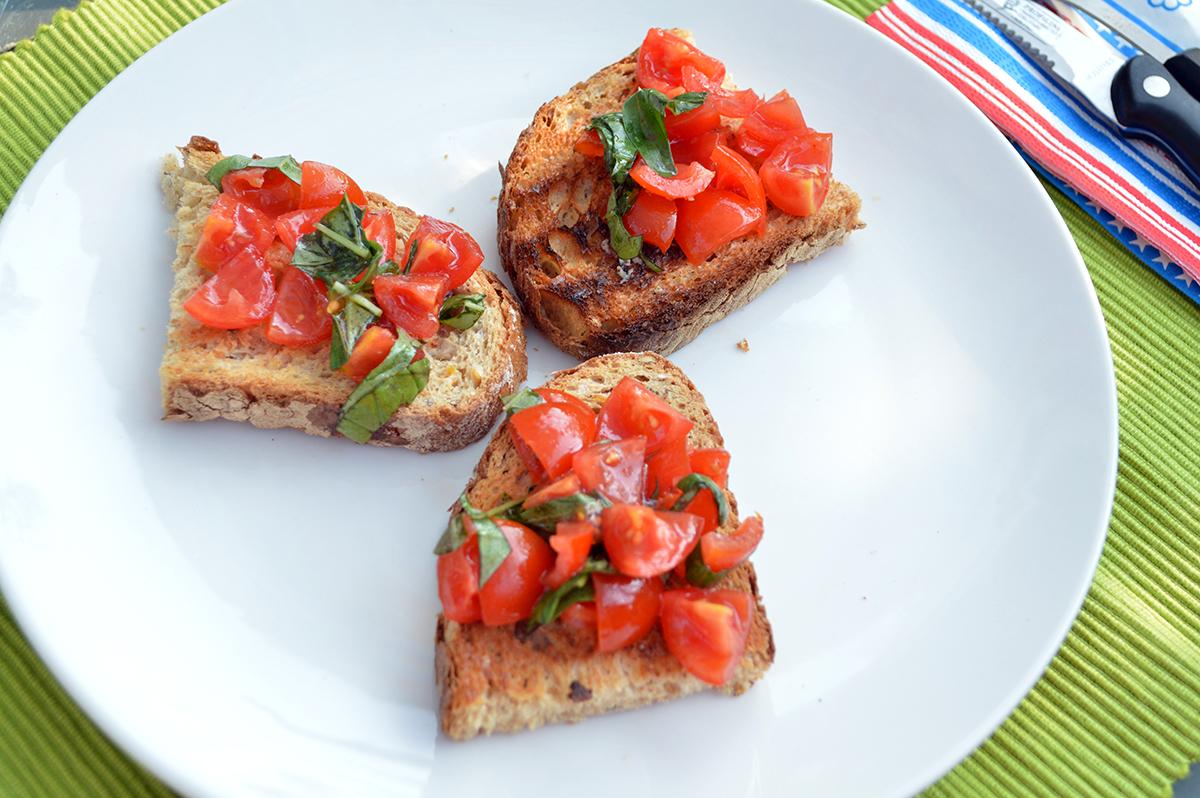 bruschette-con-pomodorini