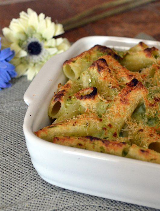 Pasta gratinata agli asparagi